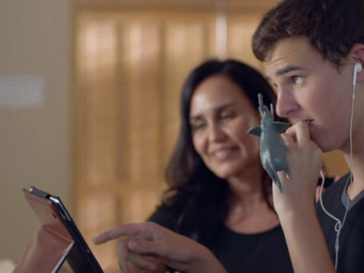 Apple conciencia sobre el autismo con dos vídeos