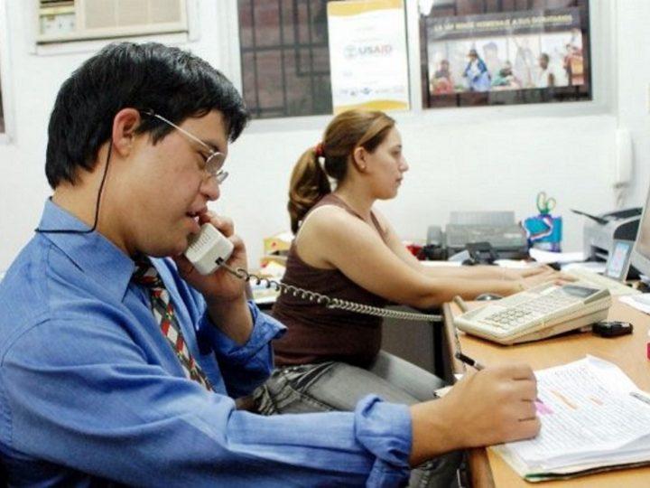 El Colegio de Economistas de Alicante impulsa la integración laboral de personas con discapacidad