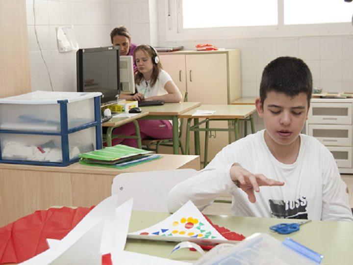 El Grupo Angal donación de 5.000 euros a la Asociación Autismo Sevilla