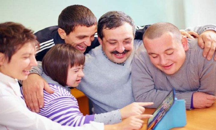 La Fundación Adecco y la Fundación Avintia formarán a personas con discapacidad