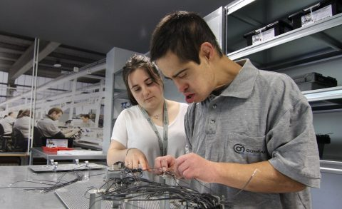 Laboral Kutxa apoya la formación para personas con discapacidad