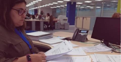 Tamara Jiménez de la Fundación Aprocor, firma un contarto laboral con VASS
