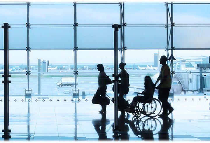 Enaire garantiza los derechos de las personas con discapacidad en el transporte aéreo