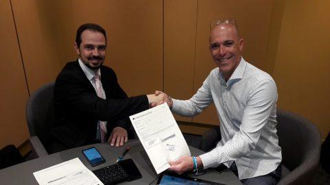 La Caixa y Fegadi Cocemfe firman un convenio para mantener el transporte adaptado en Cádiz