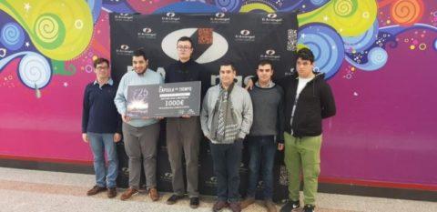 El centro comercial El Arcángel entrega 1.000 euros a Autismo Córdoba