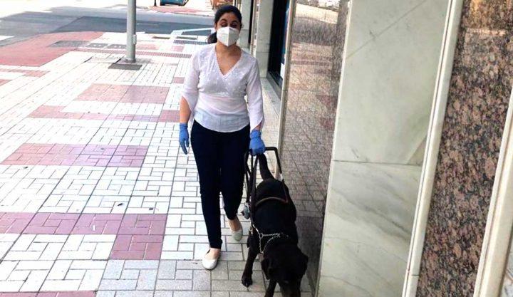 La ONCE lanza una guía con consejos útiles para la seguridad de las personas ciegas en la desescalada