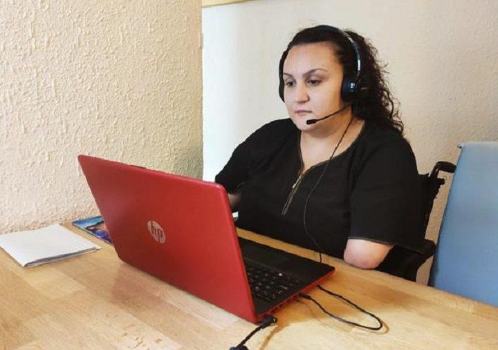Telefónica ayuda a hacer posible el teletrabajo en Fundación DFA