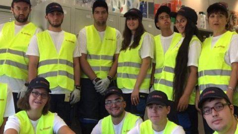 Doce jóvenes con discapacidad intelectual de Huesca se forman para trabajar en el sector del comercio