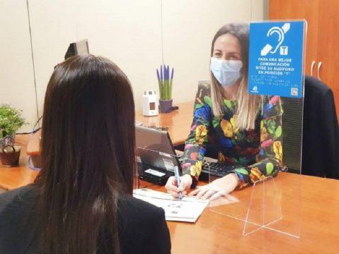 CaixaBank y Funcasor con las personas con discapacidad auditiva