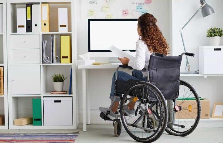 Inesdi colabora con FEM para impulsar la integración laboral de mujeres con discapacidad